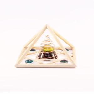holzpyramide